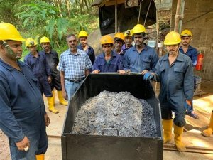 commercial production begins at ceylon graphite mine